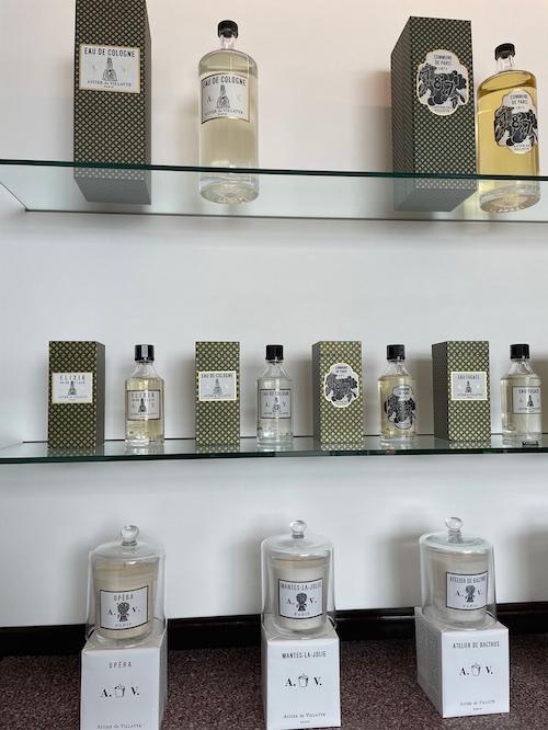 香水も今回は専門の方が提案するにあたり、前回以上に豊富なオプションが用意されました。